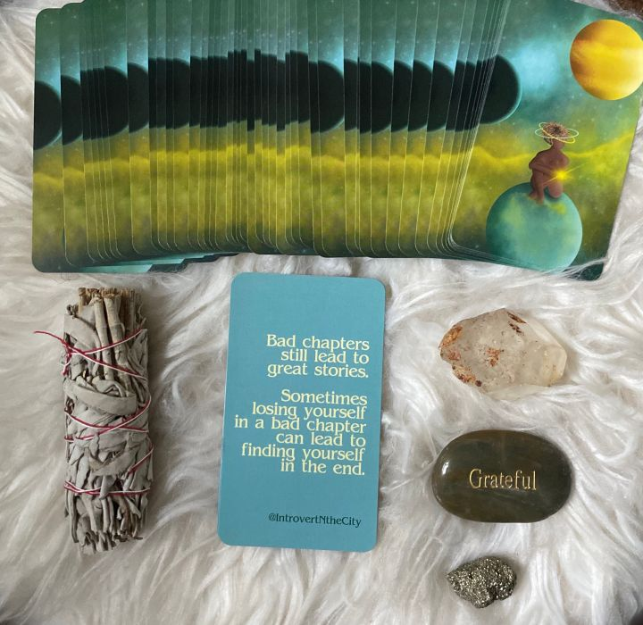 THE MINDFUL MOON DECK