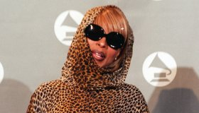 Mary Blige at the 38 Annual Grammy Awards.