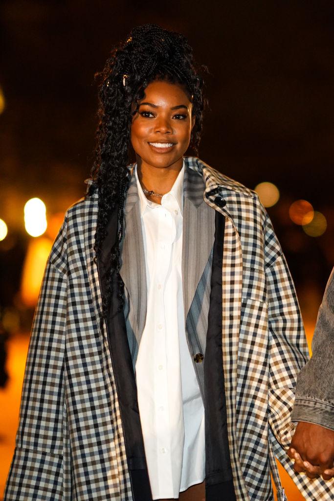 Street Style - Paris Fashion Week - Menswear F/W 2020-2021 : Day Six