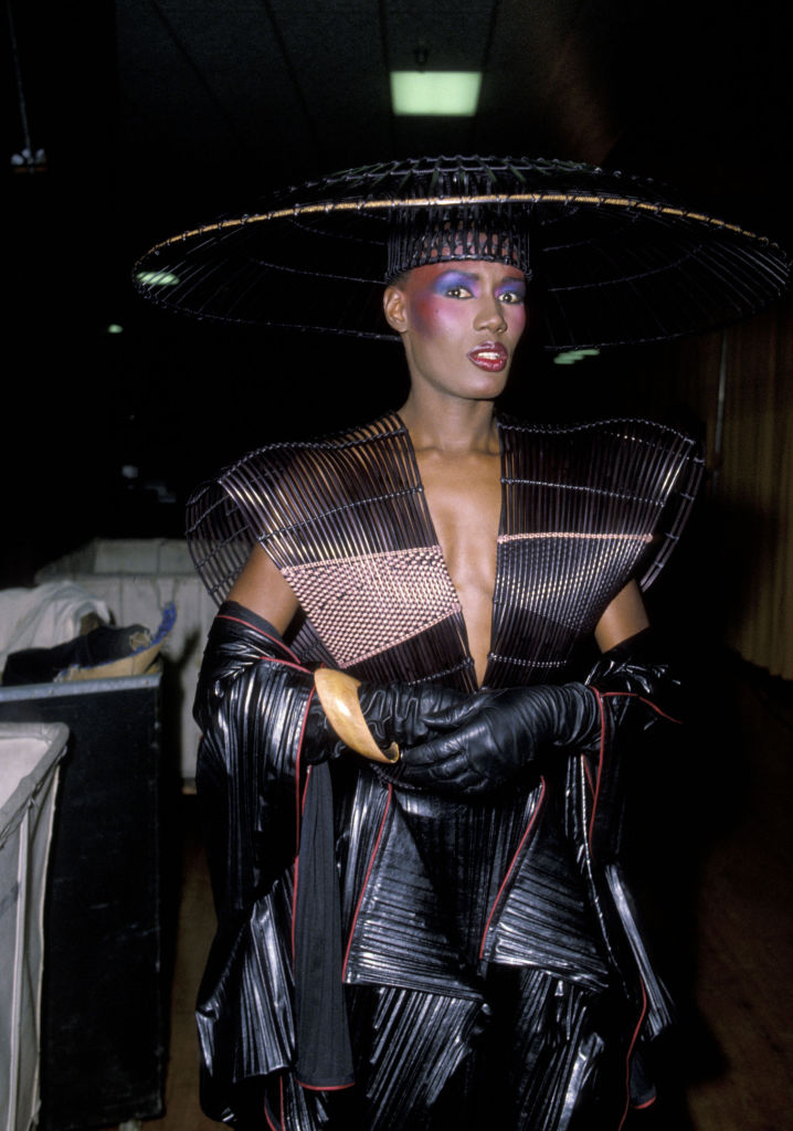 GRACE JONES AT THE 25TH ANNUAL GRAMMY AWARDS, 1983