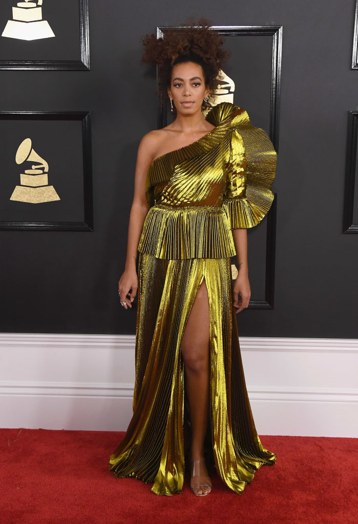 SOLANGE KNOWLES AT THE 59TH ANNUAL GRAMMY AWARDS, 2017