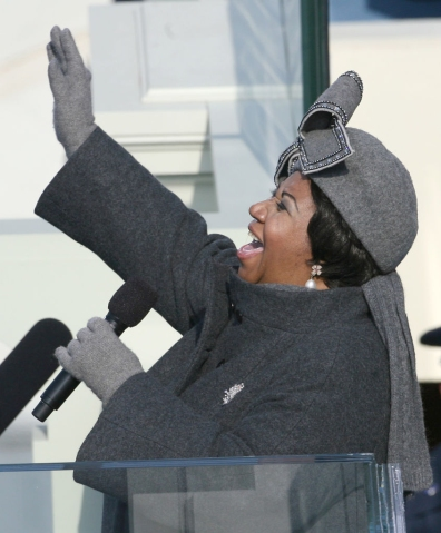 """(012009 Washington, DC) Aretha Franklin sings """"My COuntry Tis of Thee"""" at the inauguration, Tuesday, January 20, 2009. Photo by Angela Rowlings."""
