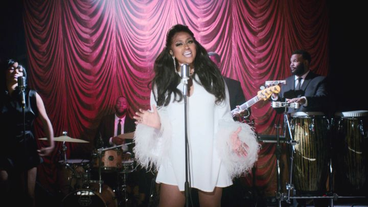 JAZMINE SULLIVAN PERFORMS AT THE SOUL TRAIN AWARDS, 2020